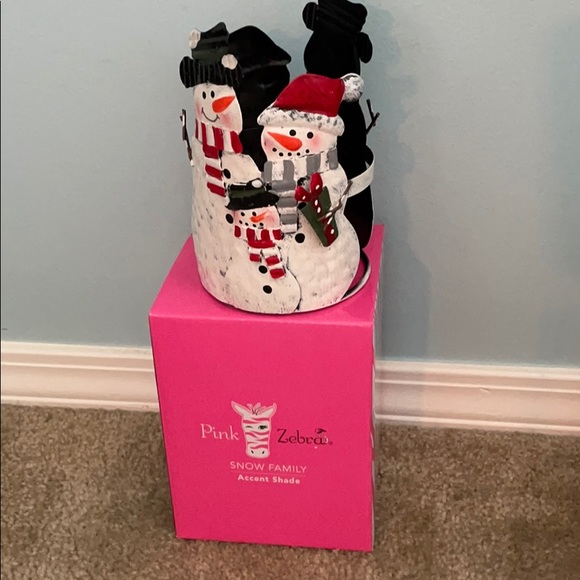 PINK ZEBRA Snow Family Accent Shade ONLY.
